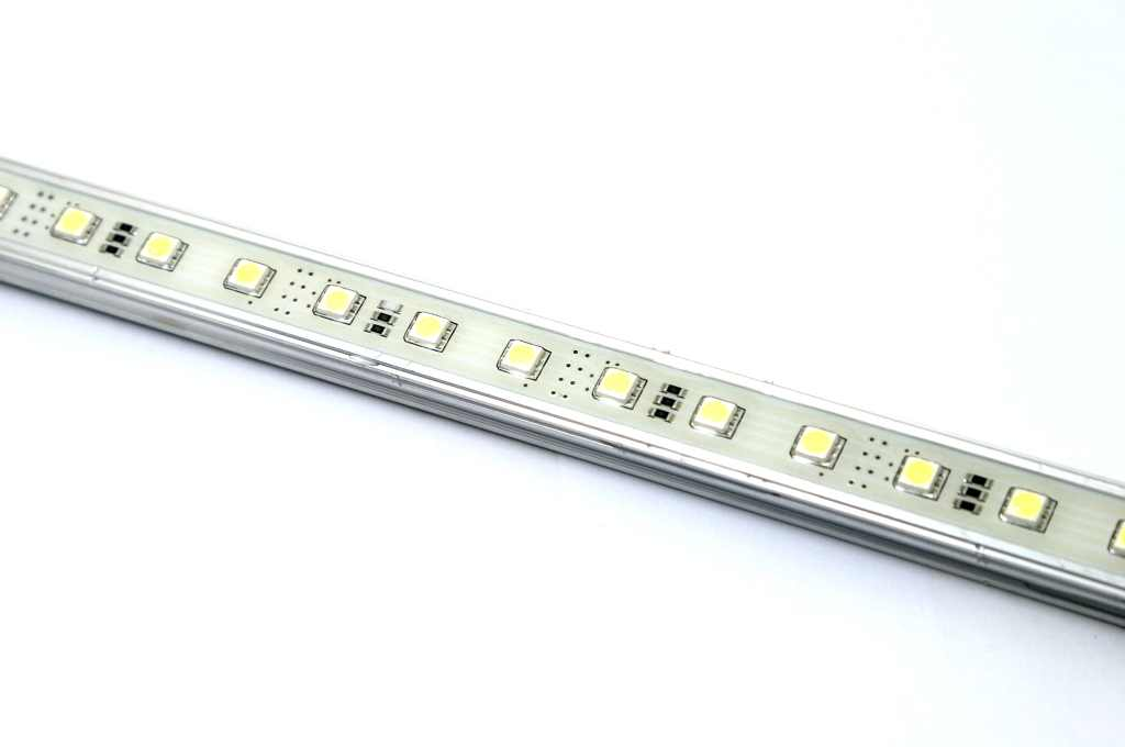 LEDw@re | AluStrip SMD | 12 Volt | 21,9 Watt | 150 LEDs | Warm wit | waterdicht | 1,51 M