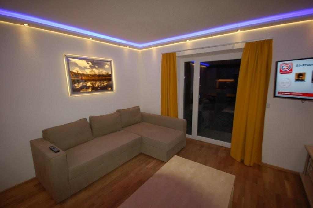 Wand profiel 015 led verlichting en energie zuinige verlichting van ledw re uw led verlichting - Led lampen wand ...